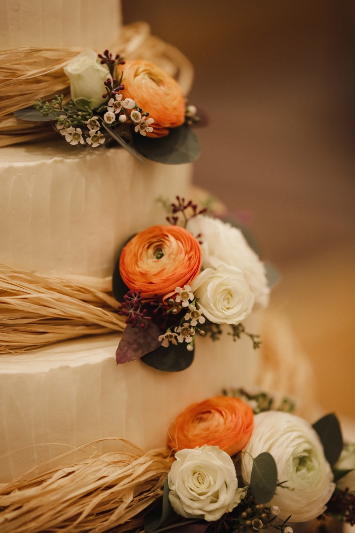 Favorite Things Friday- Wedding Cake Edition!